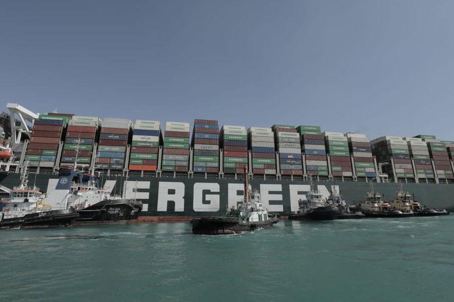 Блокировавший Суэцкий канал контейнеровоз Ever Given прибыл РІР'еликобританию