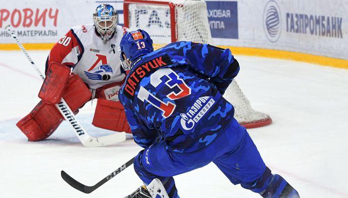 Если Павел Дацюк (№13) так и не сыграет в серии против «Локомотива», СКА будет гораздо сложнее пройти ярославцев