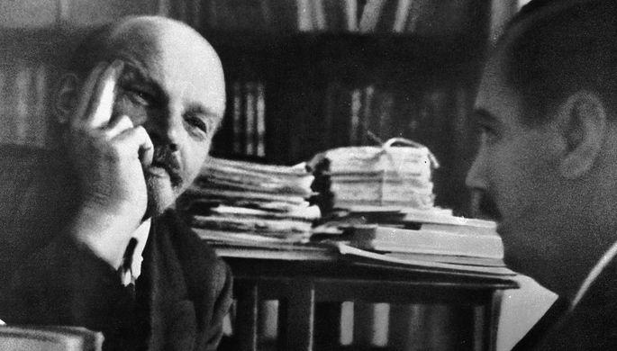 Владимир Ильич Ленин с английским писателем Гербертом Уэллсом, 6 октября 1920 года