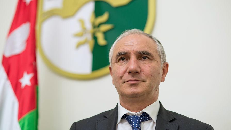 Парламент Абхазии назначил Бганбу исполняющим обязанности президента