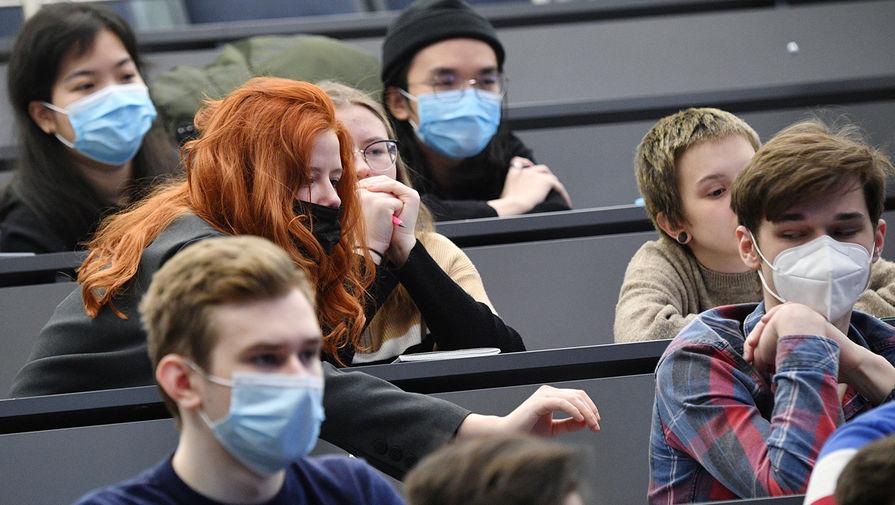 В Роспотребнадзоре назвали условия допуска иностранных студентов в вузы России
