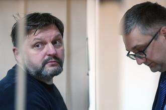 Экс-губернатор Кировской области Никита Белых (слева)