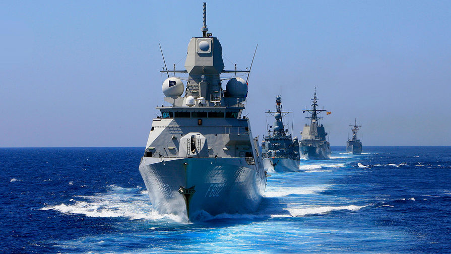 Корабли России следят за военно-морской группой НАТО в Балтике