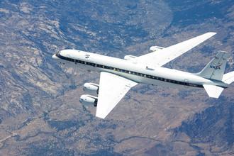Исследовательский самолет NASA DC-8, архивный снимок
