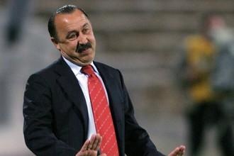 Председатель оргкомитета Объединенного суперкубка Валерий Газзаев приводит наглядные аргументы в пользу перехода к объединенному чемпионату
