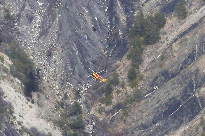Первое фото с места крушения самолета авиакомпании Germanwings