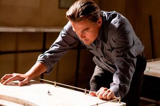 Кадр из фильма «Начало» (2010)
