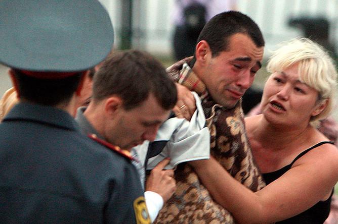 Пострадавший с потерпевшего крушение теплохода «Булгария» в речном порту города Казань