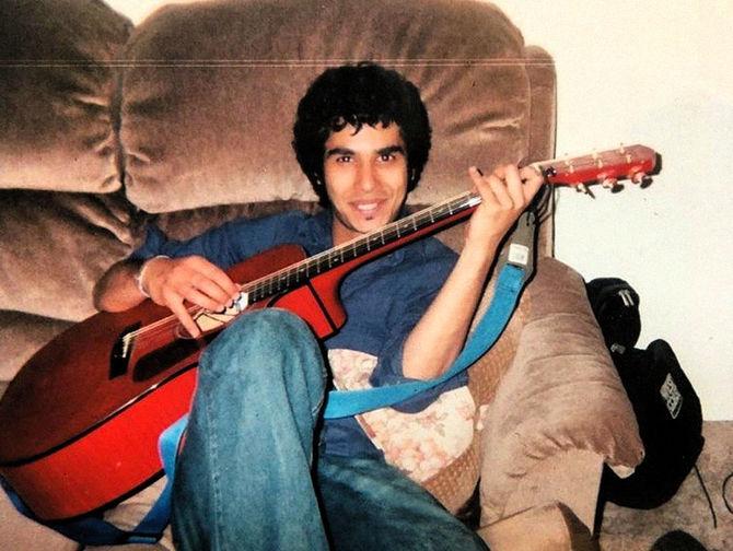 Кунал Найяр в молодости, начало 2000-х годов