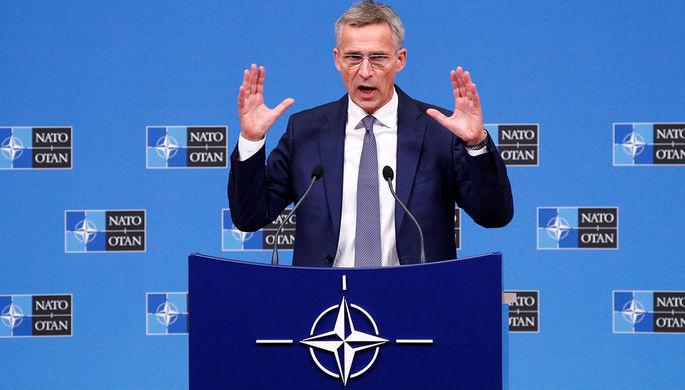 Генсек НАТО Йенс Столтенберг во время пресс-конференции в Брюсселе, октябрь 2018 года