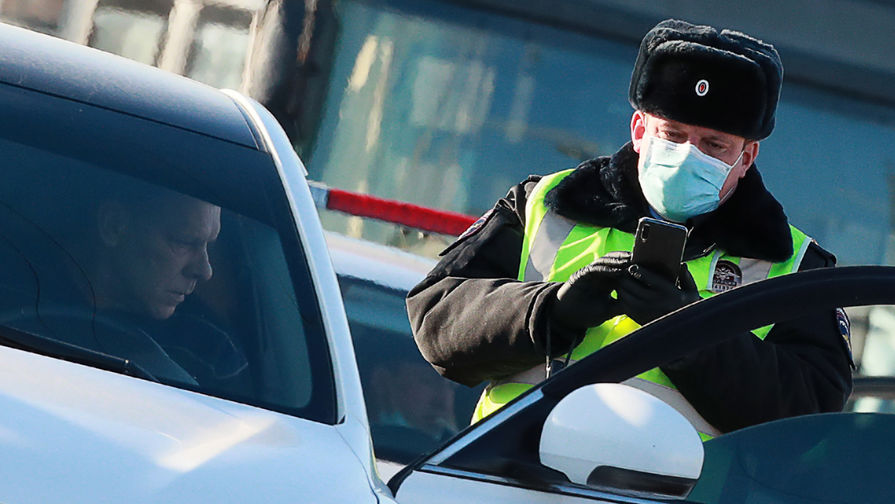 МВД продлило срок действия просроченных водительских прав до конца года