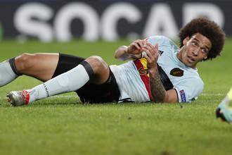 Аксель Витцель во время матча со сборной Уэльса, ставшего для его Бельгии последним на Евро-2016