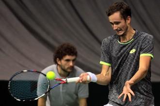 Мужская сборная России по теннису уступила Сербии в 1/8 финала Кубка Дэвиса