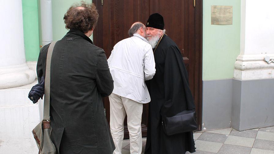 Биолог Владимир Фуралев о первой в России защите диссертации по  Сбор членов диссовета по теологии 1 июня 2017 года
