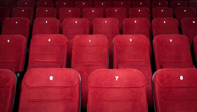 Вирус наступает: Минкульт посоветовал кинотеатрам закрыться