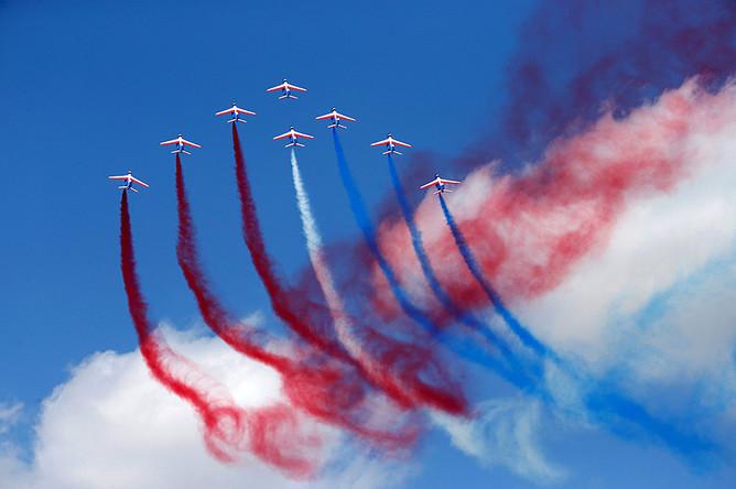 Самолеты «Альфа Джет» из «Патруль де Франс»