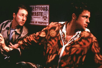 Кадр из фильма «Бойцовский клуб» (1999)