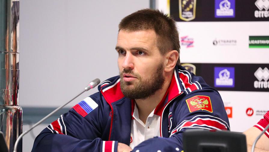 Капитан сборной России колко пошутил над Черчесовым накануне матча Евро по регби