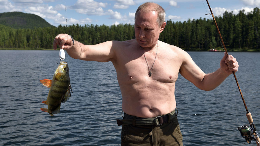 Президент России Владимир Путин на отдыхе в Республике Тыва, август 2017 года