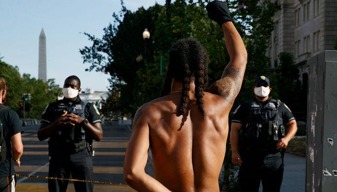 В США линчуют: полиция убивает чернокожих втрое чаще белых