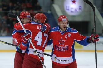Игроки ЦСКА в матче с ХК «Сочи»