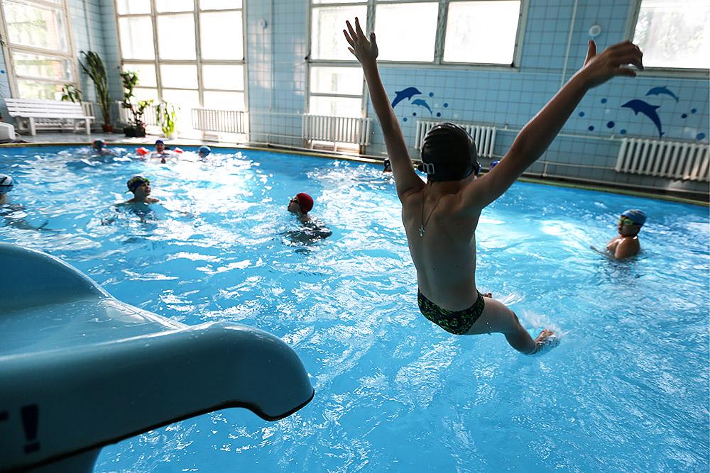 посещение бассейна без мед справки