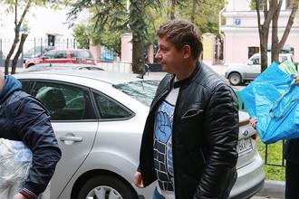 Николай Белоусов около УВД по ЦАО ГУ МВД России по Москве, 27 сентября 2016 года