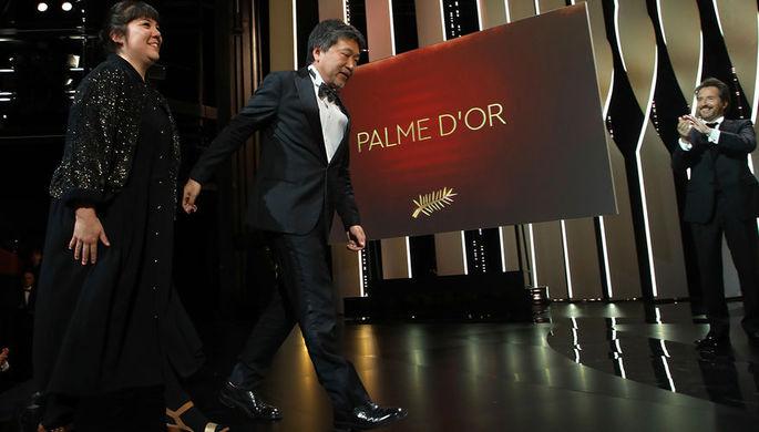 Жюльетт Бинош на красной дорожке 69-го Берлинского кинофестиваля, 7 февраля 2019 года