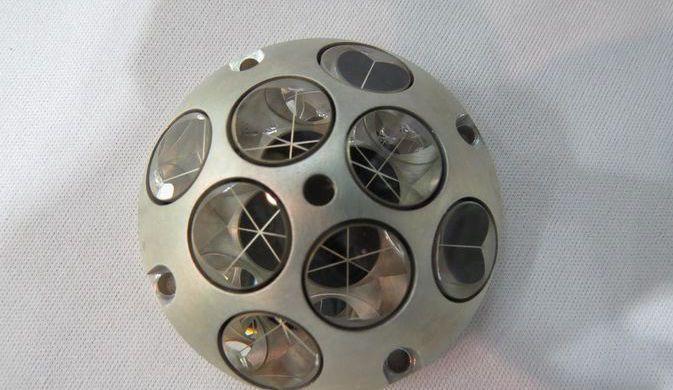 На разбившемся о Луну израильском зонде мог уцелеть прибор NASA