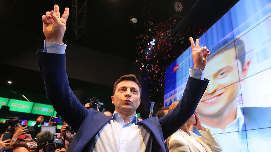 Зеленский пожаловался, что Рада не дает ему стать президентом