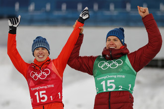 Российские лыжники Денис Спицов и Александр Большунов