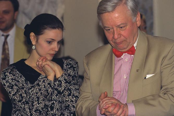 Олег Табаков и его супруга Марина Зудина, 1998 год