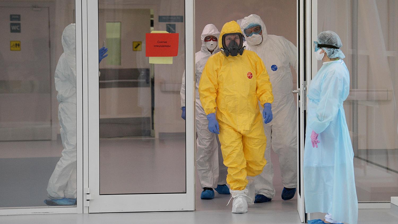 Как Россия будет бороться с коронавирусом, главное из совещания с Путиным