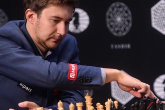 Сергей Карякин принимает участие в четырнадцатом раунде турнира претендентов на титул чемпиона мира по шахматам в Москве, 2016 год