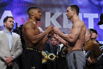Соперники по чемпионскому бою Энтони Джошуа (слева) и Владимир Кличко очень уважают друг друга