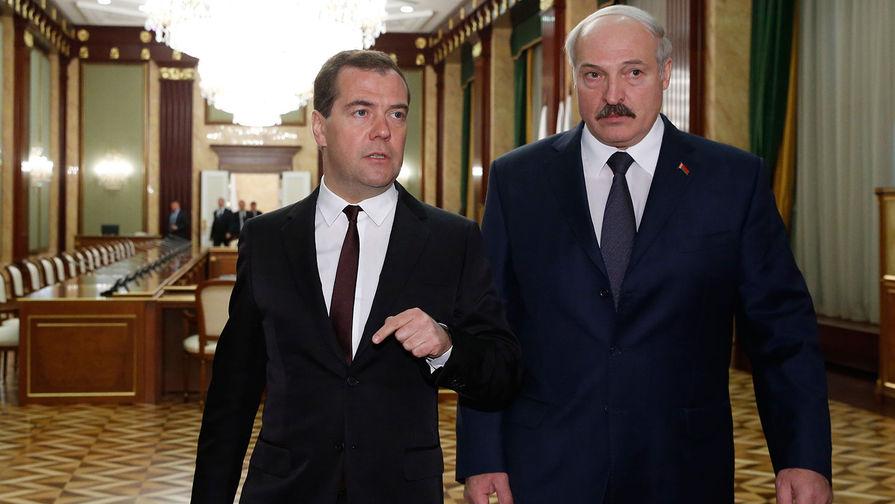 Медведев и Лукашенко провели телефонный разговор