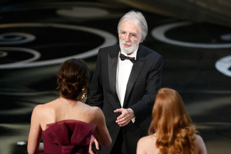 Михаэль Ханеке получает на «Оскаре» приз за лучший иностранный фильм