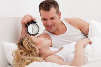 Почему мужчины по утрам такие активные