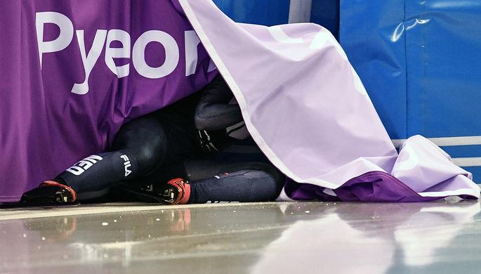 Лара ван Рёйвен (Нидерланды) на дистанции в квалификационном забеге на 500 метров в соревнованиях по...