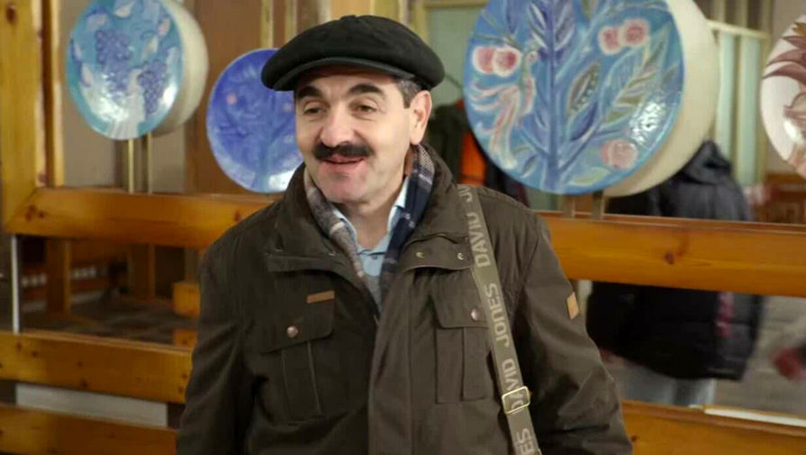 Актер Армен Бежанян в кадре из сериала «Реальные пацаны»