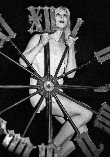 Актриса Нина Шацкая в роли Маргариты в спектакле Театра на Таганке «Мастер и Маргарита», 1977 год