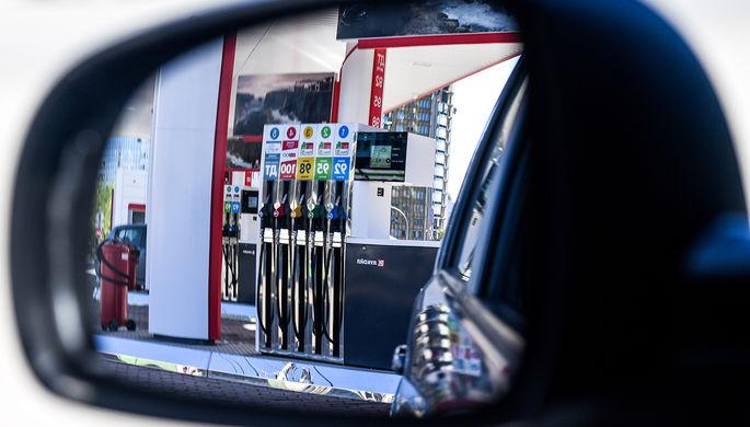 Обвал нефтяных котировок: что будет с ценами на бензин