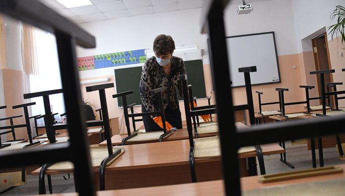 На усмотрение регионов: школы могут досрочно завершить учебу