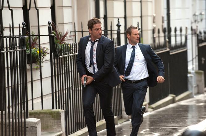 Кадр из фильма «Падение Лондона» (2016)