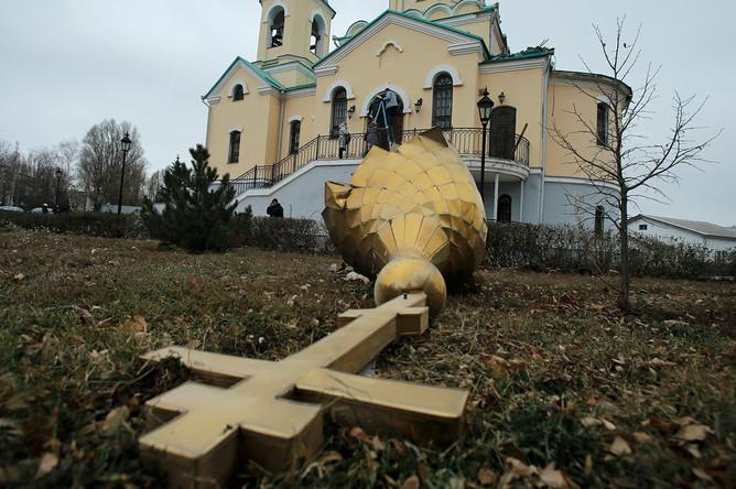 Церковь в Куйбышевском районе Донецка, ноябрь 2014 года