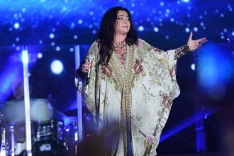 Певица Лолита Милявская на фестивале в Баку, 30 июля 2017 года