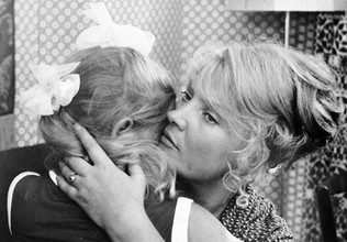 Актриса Татьяна Доронина в фильме «Мачеха», 1973 год