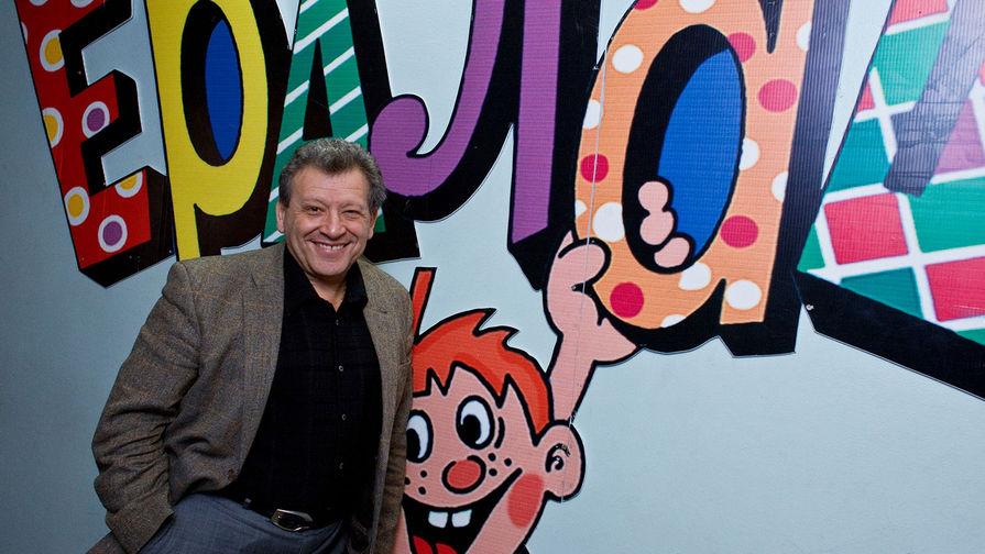 Борис Грачевский в рабочем кабинете, 2009 год