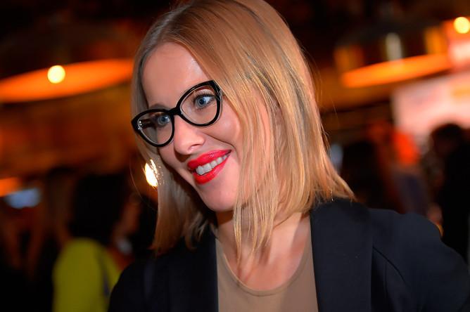 Телеведущая Ксения Собчак на премьере фильма «Без границ» в Москве