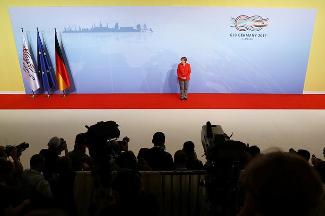 Канцлер Германии Ангела Меркель перед встречей участников саммита G20